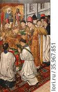 Tables Altar of Saint Vincent by Jaume Huguet. Редакционное фото, агентство World History Archive / Фотобанк Лори