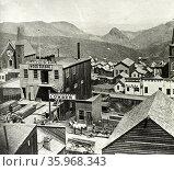 Six mile canyon from C Street, Virginia City. Published 1866: Редакционное фото, агентство World History Archive / Фотобанк Лори