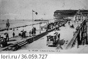 Fecamp, boulevard des bains, postcard 1900. (2009 год). Редакционное фото, фотограф Louis Bertrand / age Fotostock / Фотобанк Лори