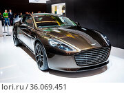 FRANKFURT - SEPT 21: Aston Martin Rapide S presented as world premiere... Стоковое фото, фотограф Zoonar.com/Dmitry Orlov / age Fotostock / Фотобанк Лори
