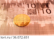 Economy trends virtual digital currency and financial investment trade... Стоковое фото, фотограф Zoonar.com/BASHTA / easy Fotostock / Фотобанк Лори