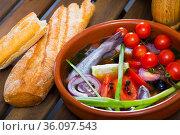 Broth of blue whiting fish with tomatoes. Стоковое фото, фотограф Яков Филимонов / Фотобанк Лори