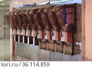 """Hong Kong, China, public telephones"" (2019 год). Редакционное фото, агентство Caro Photoagency / Фотобанк Лори"