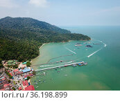 Aerial view Teluk Bahang jetty. Стоковое фото, фотограф Yew Tiam Seong / easy Fotostock / Фотобанк Лори
