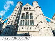 St. Salvator's Cathedral in historical centre town of Bruges, Belgium. Стоковое фото, фотограф Zoonar.com/Yuri Dmitrienko / easy Fotostock / Фотобанк Лори