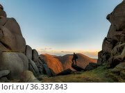Slieve Bernagh North Tor, Mourne Mountains, County Down, Northern Ireland. December 2020. Стоковое фото, фотограф Robert  Thompson / Nature Picture Library / Фотобанк Лори