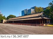 Hyakunin-bansho guardhouse of Edo Castle. Imperial Palace. Tokyo. Japan (2019 год). Стоковое фото, фотограф Serg Zastavkin / Фотобанк Лори