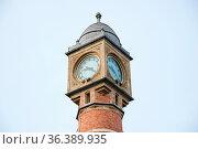 The tower with clock of the main railway station - Gent-Sint-Pieters... Стоковое фото, фотограф Zoonar.com/Yuri Dmitrienko / easy Fotostock / Фотобанк Лори