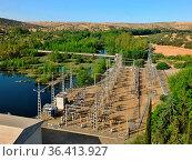 Der grosse Wasserspeicher von Orellana und der Kanal von Zucar werden... Стоковое фото, фотограф Zoonar.com/Atlantismedia / easy Fotostock / Фотобанк Лори