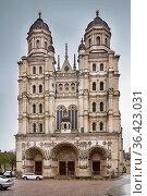 Saint Michel Church from 16 century in Dijon, France. Facade. Стоковое фото, фотограф Zoonar.com/Boris Breytman / easy Fotostock / Фотобанк Лори
