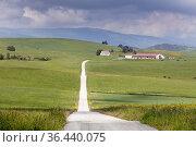 Rural scene at hamlet known as Abaurregaina in Basque or Abaurrea... Стоковое фото, фотограф Ken Welsh / age Fotostock / Фотобанк Лори