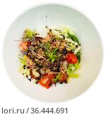 Spanish tuna salad with confit leek and modena. Стоковое фото, фотограф Яков Филимонов / Фотобанк Лори
