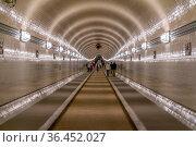 Scenery inside the Old Elbe Tunnel in Hamburg, Germany. Стоковое фото, фотограф Zoonar.com/Achim Prill / easy Fotostock / Фотобанк Лори