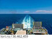 Trail on water surface behind of cruise ship. Стоковое фото, фотограф Константин Лабунский / Фотобанк Лори