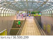 Russia, Samara, June 2021: a beautiful modern underground passage across the Moscow highway in the city of Samara. Редакционное фото, фотограф Акиньшин Владимир / Фотобанк Лори