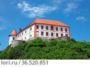 Ozalj Castle, is a castle in the town of Ozalj, Croatia. Стоковое фото, фотограф Zoonar.com/Borislav Marinic / easy Fotostock / Фотобанк Лори