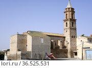 Azaila, Nuestra Senora del Rosario church (17th century). Bajo Martin... Стоковое фото, фотограф J M Barres / age Fotostock / Фотобанк Лори