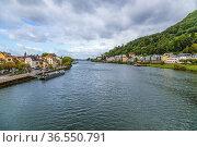 Гейдельберг, Германия. Вид реки Неккар в черте города (2017 год). Редакционное фото, фотограф Rokhin Valery / Фотобанк Лори