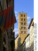 Arezzo Tuscany Italy. Santa Maria della Pieve church. Стоковое фото, фотограф Marco Brivio / age Fotostock / Фотобанк Лори