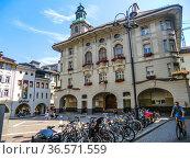 Bolzano, Bozen, Dolomites, Alpine mountain region, South Tirol, Alto... (2010 год). Редакционное фото, фотограф Angelo Calvino / age Fotostock / Фотобанк Лори