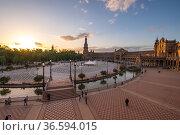 The Plaza de Espana in Seville (2019 год). Редакционное фото, фотограф Юлия Белоусова / Фотобанк Лори