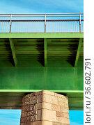 Detailansicht der Rheinbrücke bei Breisach. Стоковое фото, фотограф Zoonar.com/Thomas Klee / easy Fotostock / Фотобанк Лори
