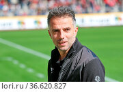 Fussball: 2. BL 15-16: 9. Sptg.: SC Freiburg vs FSV Frankfurt. Стоковое фото, фотограф Zoonar.com/Joachim Hahne / age Fotostock / Фотобанк Лори