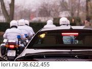 Polizeieskorte für König Philip VI von Spanien in Gütersloh, Foto... Стоковое фото, фотограф Zoonar.com/Robert B. Fishman / age Fotostock / Фотобанк Лори
