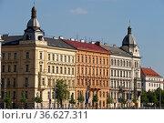 Jugenstil Hauser an der Moldau, Prag, Tschechische Republik | Art... Стоковое фото, фотограф Zoonar.com/GŸnter Lenz / age Fotostock / Фотобанк Лори