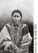 American Indian Native redskin woman at Jardin d'Acclimatation in... Редакционное фото, фотограф Jerónimo Alba / age Fotostock / Фотобанк Лори