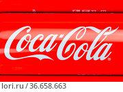Stuttgart, Deutschland - 17. Januar 2021: Coca Cola Coca-Cola Limonade... Стоковое фото, фотограф Zoonar.com/Markus Mainka / age Fotostock / Фотобанк Лори