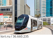 Dubai, Vereinigte Arabische Emirate - 25. Mai 2021: Alstom Citadis... Стоковое фото, фотограф Zoonar.com/Markus Mainka / age Fotostock / Фотобанк Лори