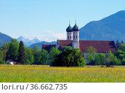 Benediktbeuern Kloster - Benediktbeuern abbey 02. Стоковое фото, фотограф Zoonar.com/LIANEM / easy Fotostock / Фотобанк Лори