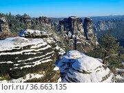 Basteigebiet Felsen - Bastei area rocks 03. Стоковое фото, фотограф Zoonar.com/Liane Matrisch / easy Fotostock / Фотобанк Лори