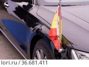 Staatsempfang für König Felipe VI: mit Spanischer Flagge geschmückte... Стоковое фото, фотограф Zoonar.com/Robert B. Fishman / age Fotostock / Фотобанк Лори