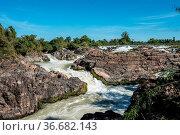 Somphamit Waterfalls or Liphi Waterfalls at Don Khone island , Laos... Стоковое фото, фотограф Zoonar.com/Rudolf Ernst / age Fotostock / Фотобанк Лори