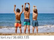 Children 5-10 years old, Playing on the beach, Zumaia, Gipuzkoa, ... Стоковое фото, фотограф Javier Larrea / age Fotostock / Фотобанк Лори