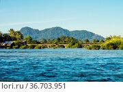 4000 Islands zone in Nakasong over the Mekong river between Don Det... Стоковое фото, фотограф Zoonar.com/Rudolf Ernst / easy Fotostock / Фотобанк Лори