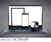 Laptop computer, tablet, smartphone and smartphone 3D illustration. Стоковое фото, фотограф Zoonar.com/Cigdem Simsek / easy Fotostock / Фотобанк Лори