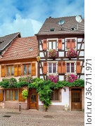 Street with historical houses in Ribeauville, Alsace, France. Стоковое фото, фотограф Zoonar.com/Boris Breytman / easy Fotostock / Фотобанк Лори