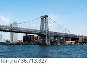 New York, United States - September 23, 2019: View of Williamsburg... Стоковое фото, фотограф Zoonar.com/Oliver Foerstner / easy Fotostock / Фотобанк Лори