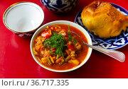 National Central Asian dish is Lagman. Стоковое фото, фотограф Яков Филимонов / Фотобанк Лори