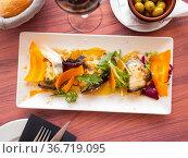 Eggplant rolls with ricotta, bacon and mozzarella. Стоковое фото, фотограф Яков Филимонов / Фотобанк Лори