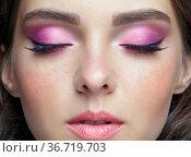 Closeup portrait of female face with pink lips and smoky eyes beauty makeup. Стоковое фото, фотограф Serg Zastavkin / Фотобанк Лори
