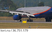 Passenger airplane Aeroflot. Редакционное видео, видеограф Игорь Жоров / Фотобанк Лори