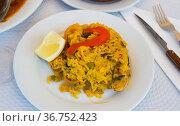 Paella with seafoods. Стоковое фото, фотограф Яков Филимонов / Фотобанк Лори