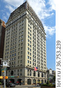 W New York Union Square (1911), 270-room, 21-story boutique hotel operated by W Hotels at northeast corner of Park Avenue South and 17th Street, across from Union Square in Manhattan, New York. Редакционное фото, фотограф Валерия Попова / Фотобанк Лори