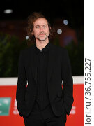 Bryce David Dessner during the premiere of 'Cyrano' at the 16th annual... Редакционное фото, фотограф AGF/Maria Laura Antonelli / age Fotostock / Фотобанк Лори