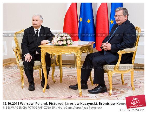 12.10.2011 Warsaw, Poland. Pictured: Jaroslaw Kaczynski, Bronislaw Komorowski. Редакционное фото, фотограф BE&W AGENCJA FOTOGRAFICZNA SP. / age Fotostock / Фотобанк Лори