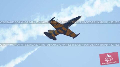 Купить «29 AUGUST 2019 MOSCOW, RUSSIA: A blue and yellow reactive plane flying in the sky», видеоролик № 32162427, снято 19 сентября 2019 г. (c) Константин Шишкин / Фотобанк Лори